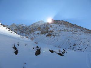 صعود قله شاهوار
